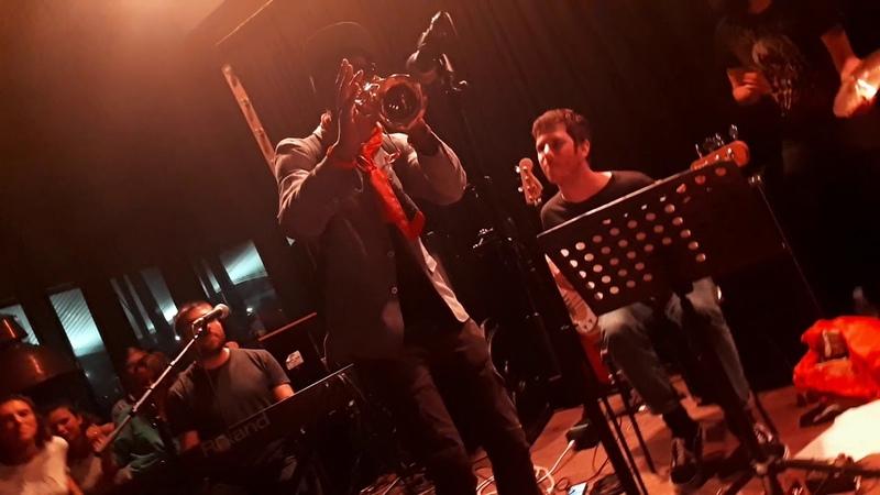 Louis Cole, Sam Wilkes, Jacob Mann - jam at Festival Jazz à la Villette