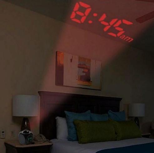 Будильник с проектором. Представьте, открываете глаза, а у вас на потолке…