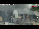 Славянск, горят жилые дома после минометного обстрела города.Новости Украины сегодня.
