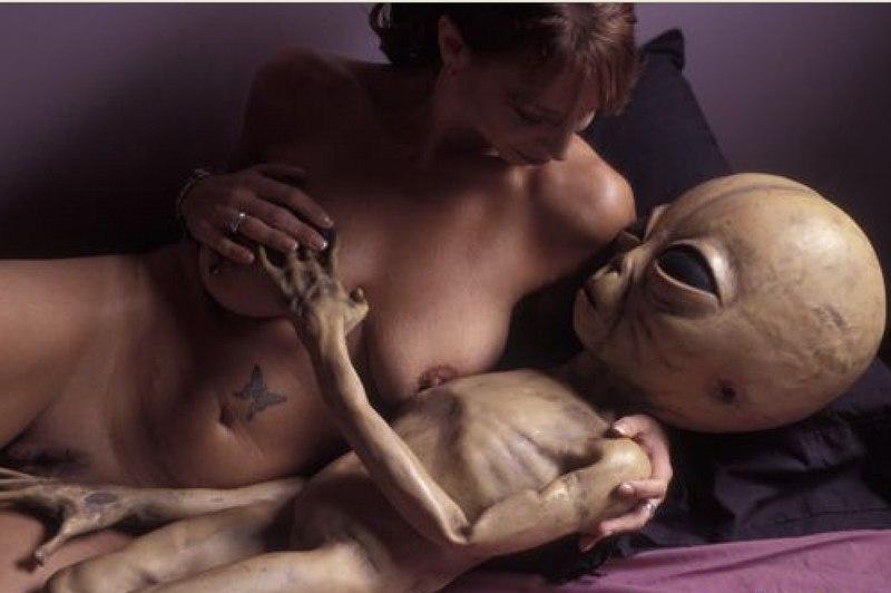 Секс с пришельцами - вовсе не то событие, о котором человек станет говорить