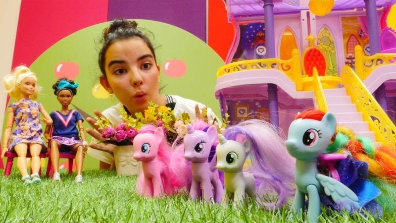 My Little Pony oyuncakları. Barbie filmi için oyuncu seçiyor.