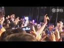 Фанаты поют вместе с Димашем Dimashfans