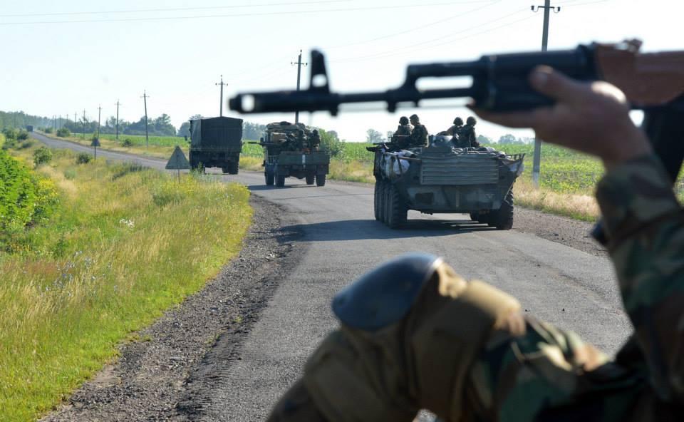 В Луганск вошло 150 единиц российской бронетехники – украинские СМИ
