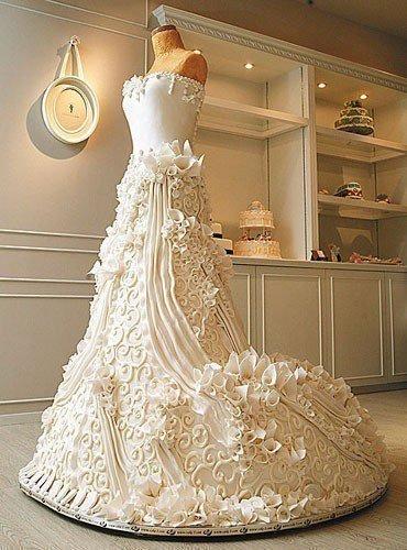Потрясающий свадебный торт (1 фото) - картинка