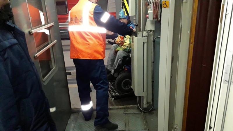 Заезжаю в вагон для инвалидов-колясочников, 306 поезд (Адлер-Москва)