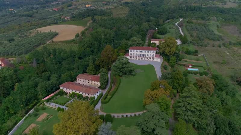 Incomparable historic mansion in Lucchesia, Italy