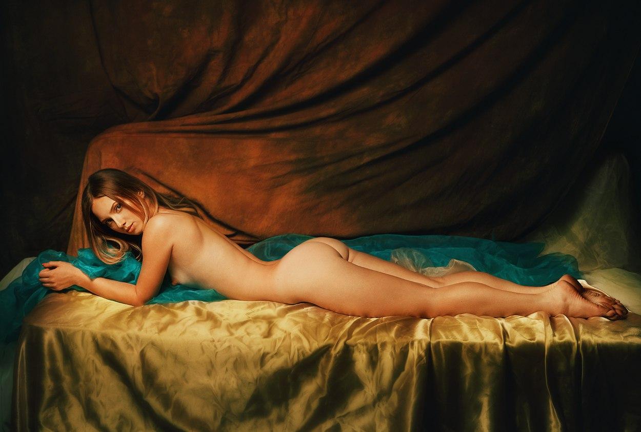 Эротика в фотографии, Фото эротика голых девушки и женщины - смотреть 24 фотография