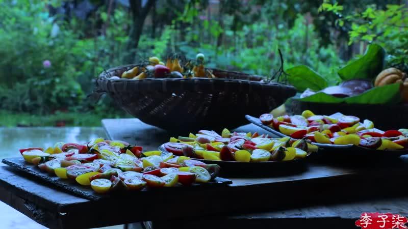 驱散湿气的暖胃汤锅,番茄牛腩带来的味觉盛宴