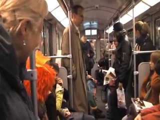 Голландское метро - самый позитивный ролик!:)
