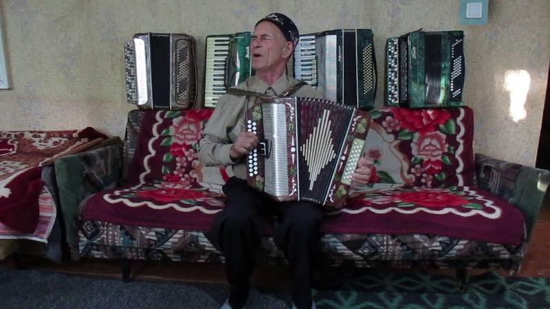 Музыкальный татарский привет из Чирчика от Мирзанур Саетгареева.