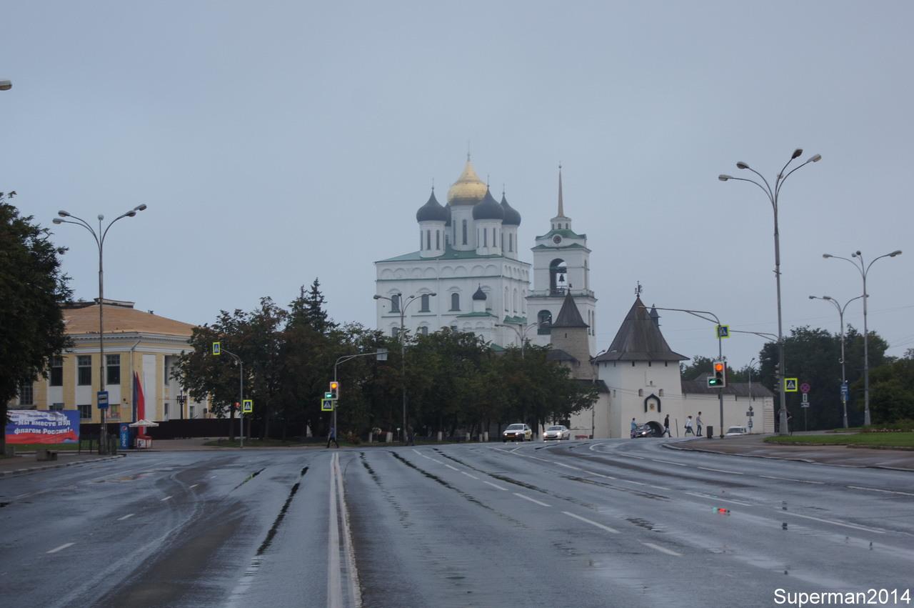 Утренняя прогулка по Пскову