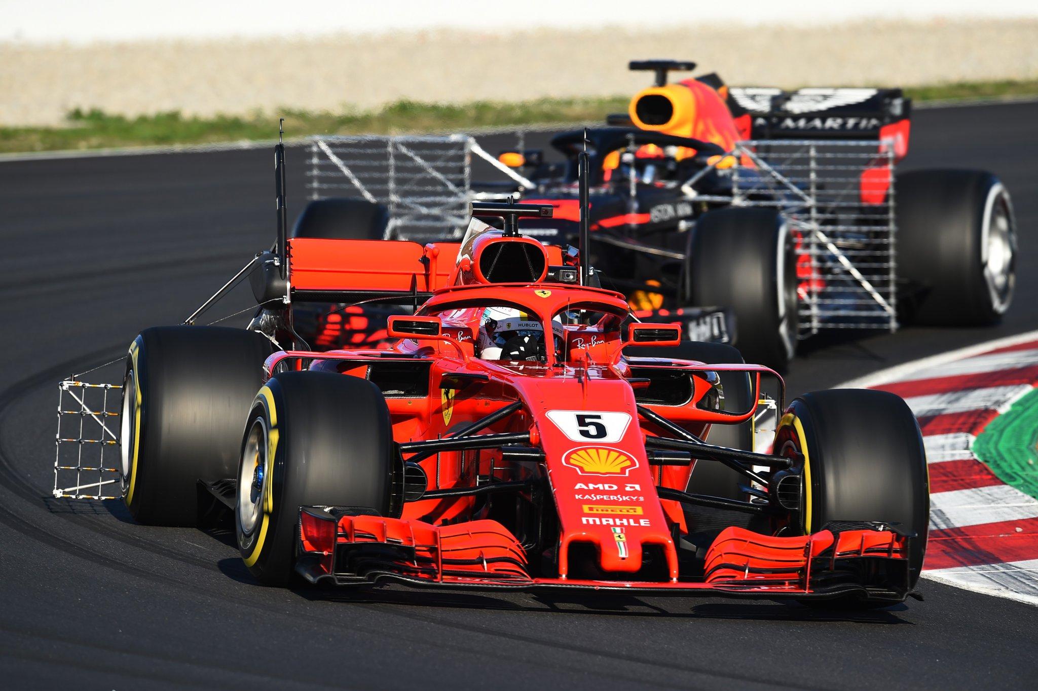 Датчики на болидах Ф1 на тестах в Барселоне