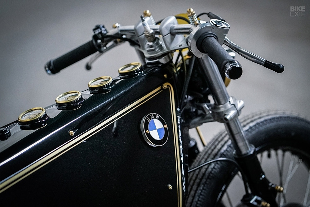 Kingston Custom: кастом BMW Black Phantom