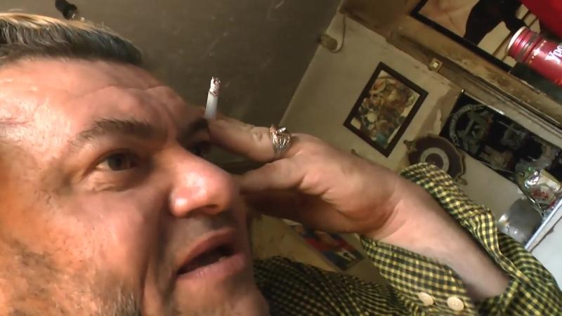 с подполковником ОЛЕГОМ ДОРОГАНЬЮ- поэтом мечтает быструю песню написать ПРОРОК САН БОЙ по телефону