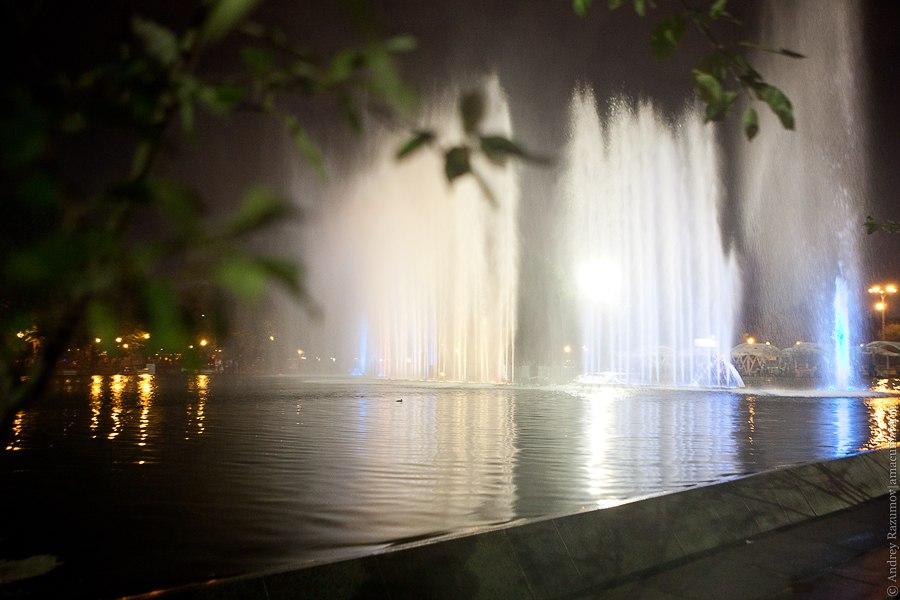 парк Горького танцующий фонтан