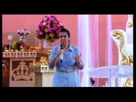 Miss Camila Barros Faça a Diferença Aonde Deus te Colocar Congresso mulheres Avivadas 2015 ADEG