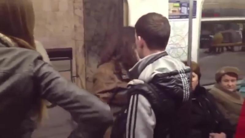 Пьяные в метро Пьяные драки в метро ПОДБОРКА 2015 NEW