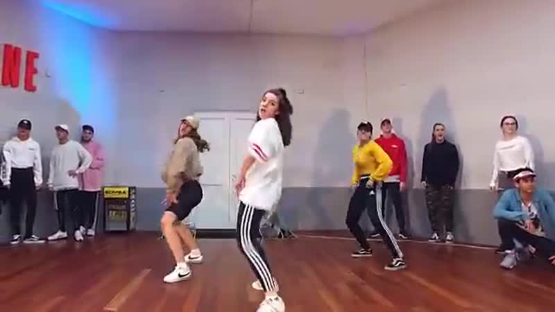 Ozuna SIGUELO BAILANDO Choreography by Duc Anh Tran (0)