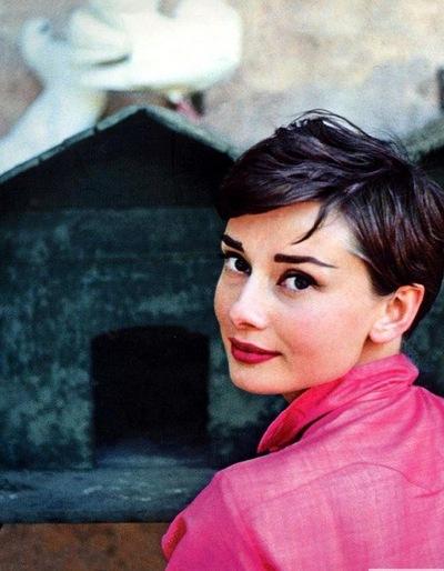 Юлия Юрлова, 3 марта 1990, Санкт-Петербург, id225190195