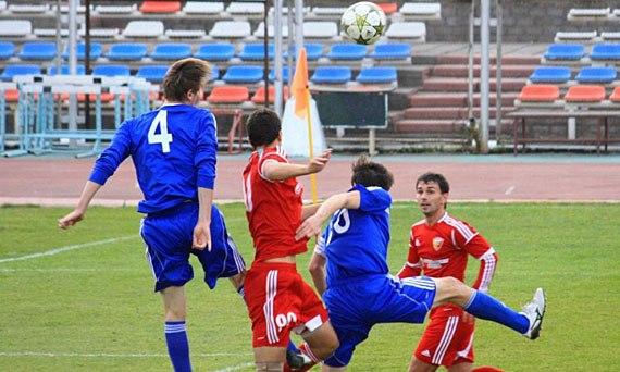 онлайн футбол анжи