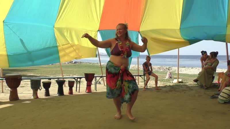 Гавайский танец прославления Земли с объяснением