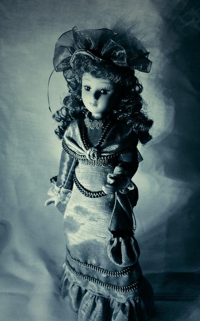 Зарубежные куклы Дамы Эпохи: фото, обсуждение