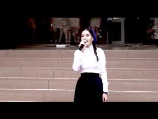 ДО СЛЕЗ!! Песня Маме 2017 Вся школа в слезах Чеченка поет красиво