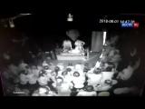 Момент взрыва во время детского праздника в иркутском ТЦ
