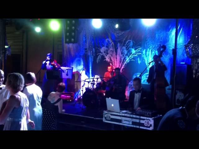 В. Шунько на звуке у группы LE CHAT LUNATIQUE (США).