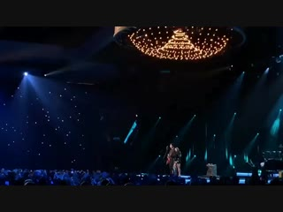 Miley Cyrus and Shawn Mendes performing Islands in the Stream is pure magic. They sound amazing together.mp4