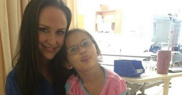 Одноклассники повесили десятилетнюю девочку на скакалках прямо в школьном дворе