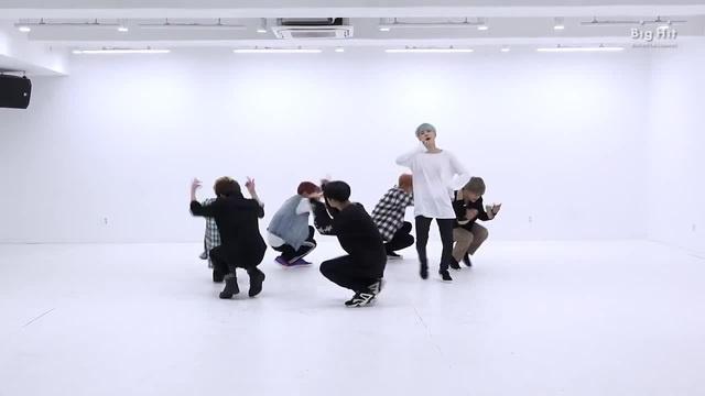 BTS 'DNA'