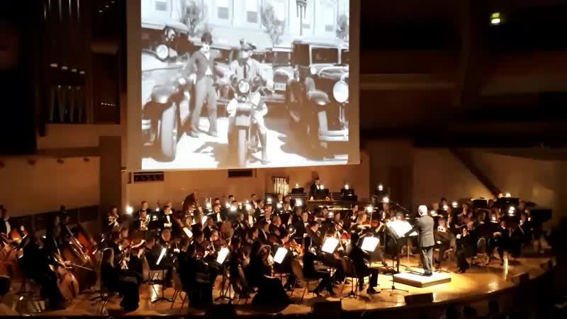 фильм чаплина Огни большого города под симфонический оркестр дирижер Спивоков