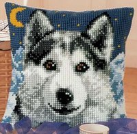 Схемы для вышивания Просмотров: 2298 Дата.  23.09.2010. Схема вышивки подушки Волк.