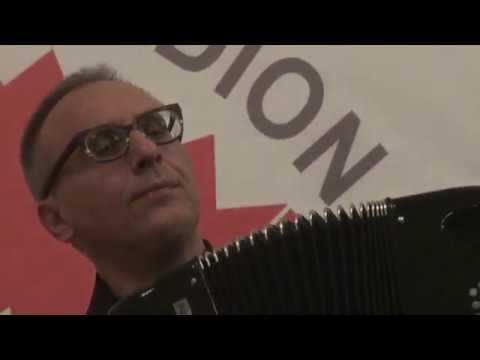 Massimiliano Pitocco (Italy) plays russian song by B.Mokrousov