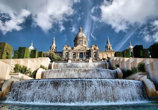 Национальный музей искусства Каталонии на холме Монжуик, Барселона