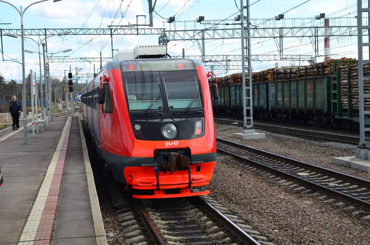 Поезд, которым можно гордиться. РА-2 - дизель, в котором есть комфорт, стиль и красота!