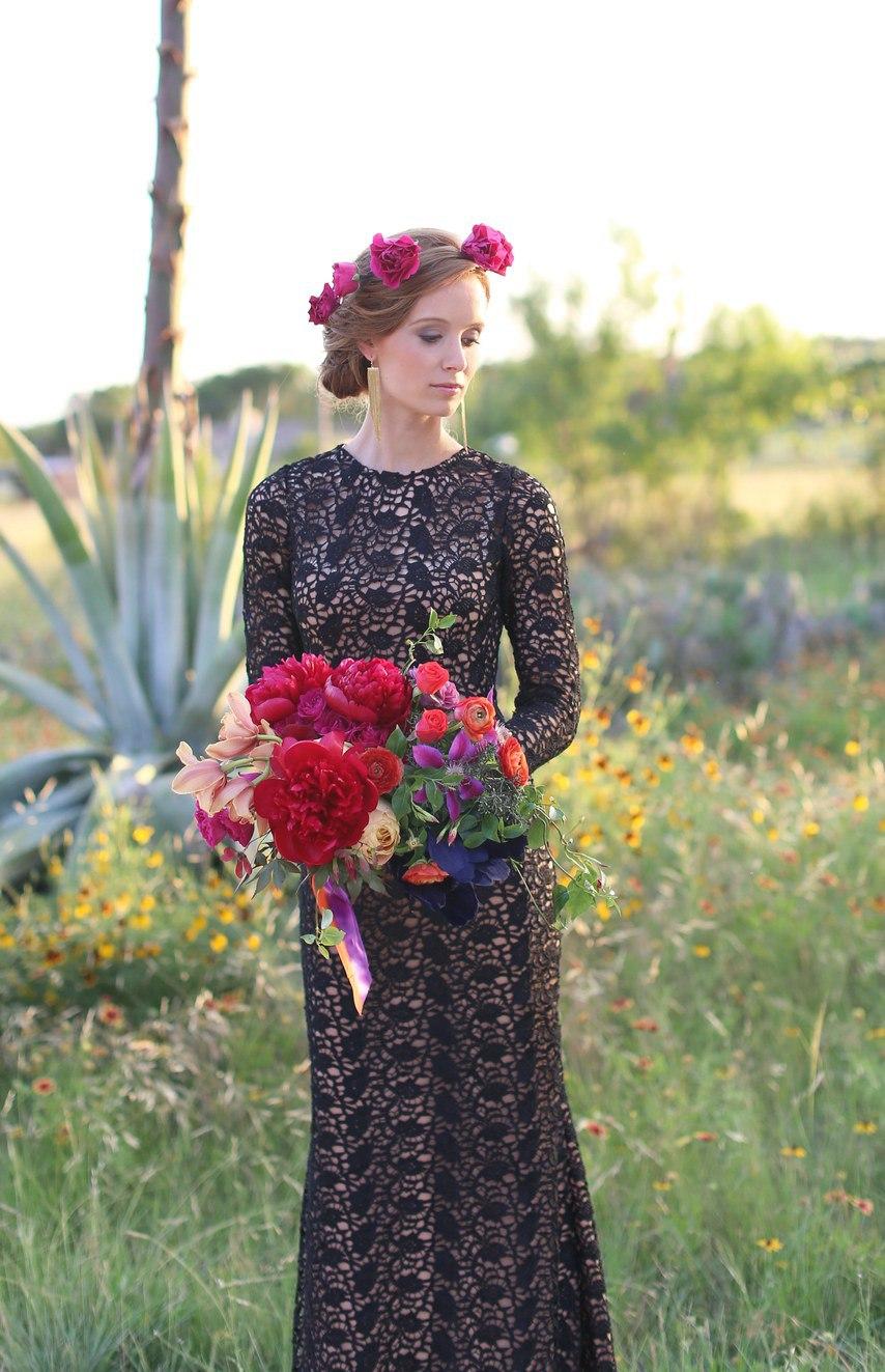 kQKIbY BgZ8 - Цветное платье невесты