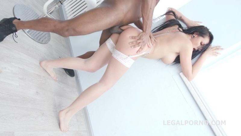 Трахают сочную самку Waka Waka, Blacks are Coming! Jolee Love gets 5 BBC with Balls Deep Anal DAP Big Gapes Facial порно легал
