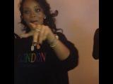 2013: Рианна за кулисами шоу в Новом Орлеане