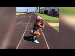 CRAZY_Butt_Workouts_Ideas_-_Yarishna_Ayala_____