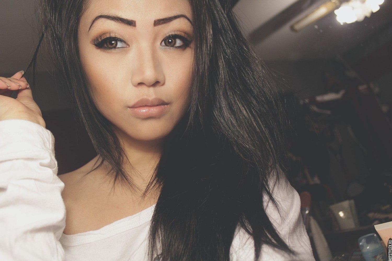 Молодые красивые девушки онлайн