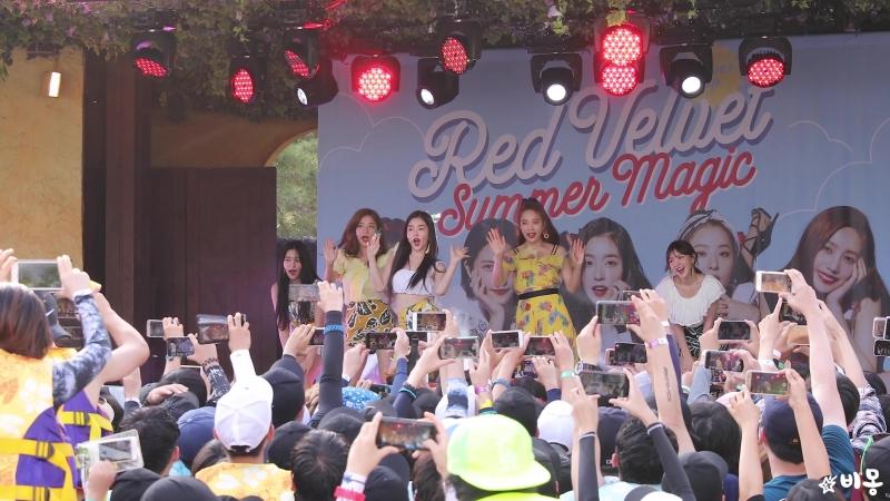 레드벨벳 Red Velvet 빨간 맛 Red Flavor 캐리비안베이팬사인회
