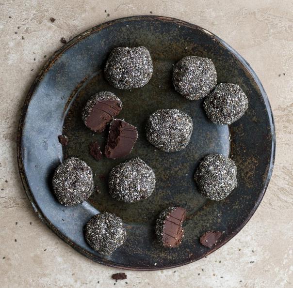 Шоколадные трюфели с чиа
