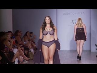 Модели Plus Size на показе мод в Нью-Йорке