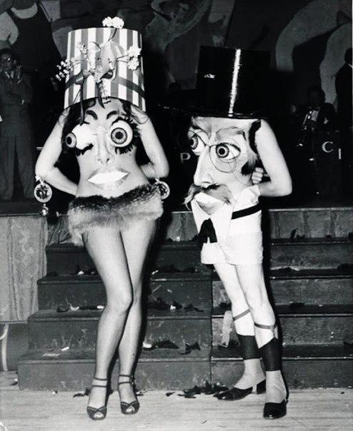 Ретро-костюмы на Хэллоуин 2 часть