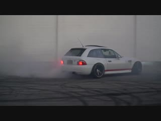 Radical 800 whp BMW Z3M Coupe Doing Donuts and Burnouts