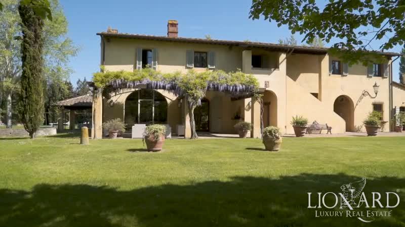 Gorgeous tuscan farmhouse near Pisa, Tuscany, Italy