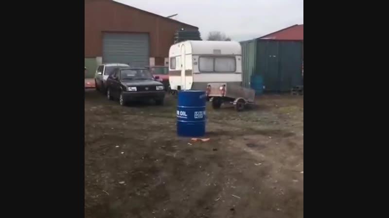 Бочка взрыв пакет