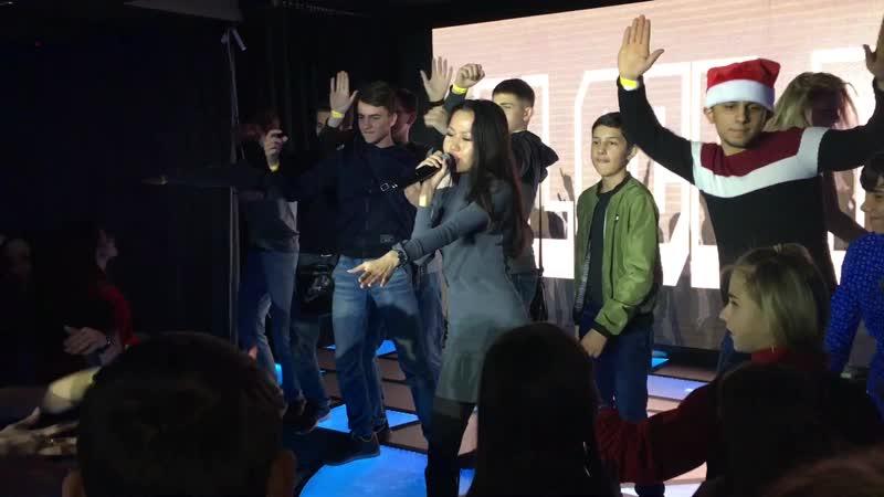 Molly J - Реггетон (live Капитал BT Party 2018)